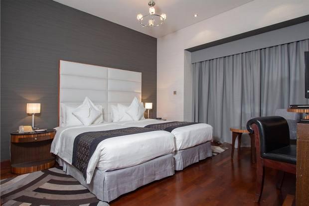 شقق فندقية قرب دبي مول تتميز بالإطلالة الساحرة والتصميم الفاخر.