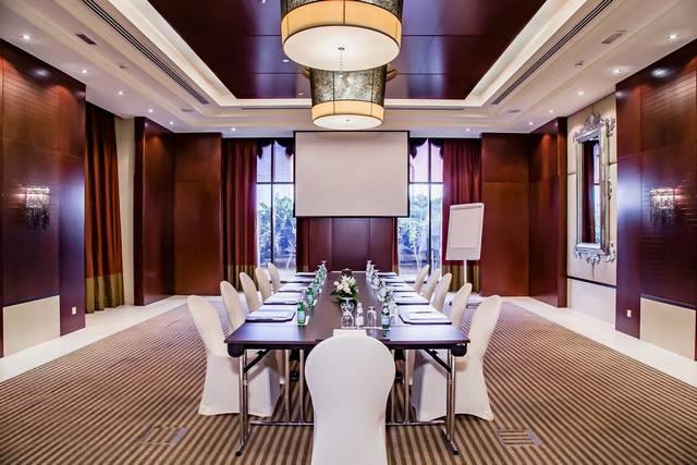 يحتوي فندق ارجان من روتانا دبي على وحدات مُتنوعة لتُسهل على السائح اختيار ما يتناسب مع ذوقه