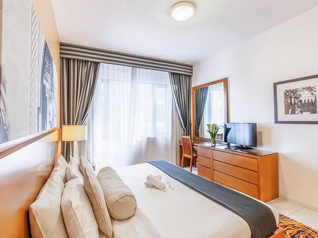 عند حجز شقق فندقيه في دبي ، يُمكنكم الاستمتاع بغرف ذات ديكورات رائعة