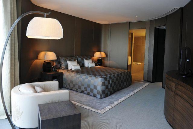 يُعد فندق ارماني دبي من افضل فندق في دبي للزوجين الجُدد