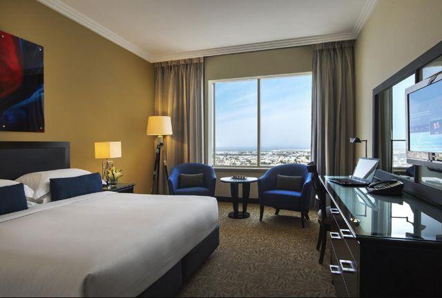 إليكم ترشيحاتنا لمجموعة من افضل الفنادق في دبي للعرسان الجُدد