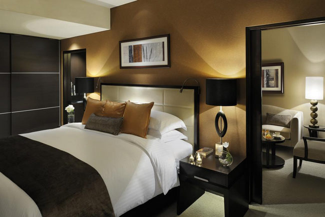 مُتعة واستجمام وأريحية بأفخم فنادق في دبي مارينا