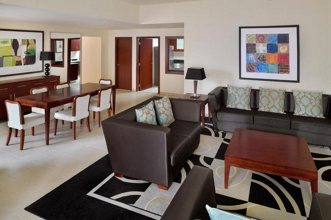 أثاث فنادق دبي المارينا فاخر وقمة في الأناقة