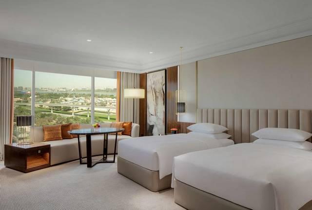 فندق جراند حياة دبي أحد افضل فنادق دبي خاصةً من حيث الإطلالات والغُرف العصرية.