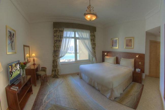 غُرف نوم مُريحة وأنيقة في فنادق جزيرة النخلة جميرا