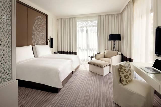 فندق فيدا دبي يشمل الكثير من الخدمات التي تُميّزه عن فندق بوليفارد دبي