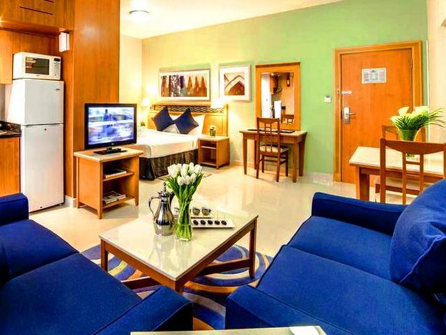 تتميز عدة شقق فندقية في بر دبي بموقعٍ مركزي قريب من معالم المدينة