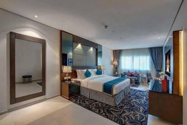 تضم فنادق بر دبي 3 نجوم غرف فسيحة تحتوي على منطقة جلوس