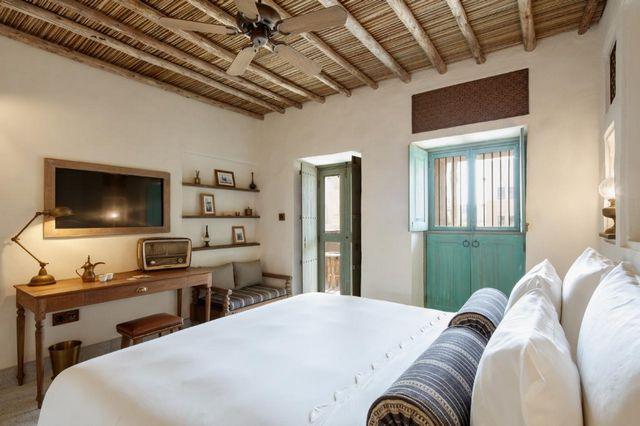 توفر فنادق بر دبي 3 نجوم غرف واجنحة راقية