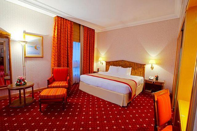 تضم فنادق بر دبي 3 نجوم غرف مناسبة للعرسان
