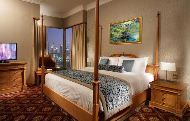 تحتوي فنادق بر دبي 3 نجوم غلى غرف واجنحة راقية وعصرية