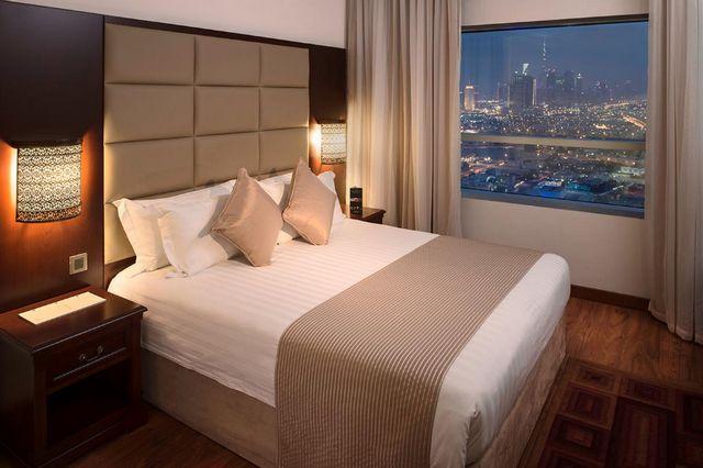 توفر فنادق بر دبي 3 نجوم غرف وأجنحة بأحدث الديكورات ووسائل الراحة