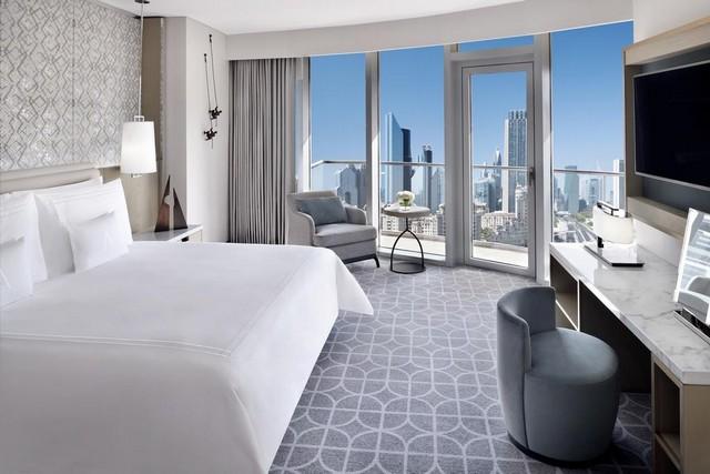 حصلت فنادق برج خليفة على إعجاب الكثير من السائحين
