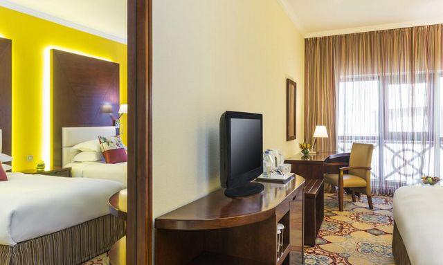 إن كنت في مدينة دبي وتبحث عن أفضل الفنادق لإقامتك نُرشح لك فنادق ديرة دبي 4 نجوم