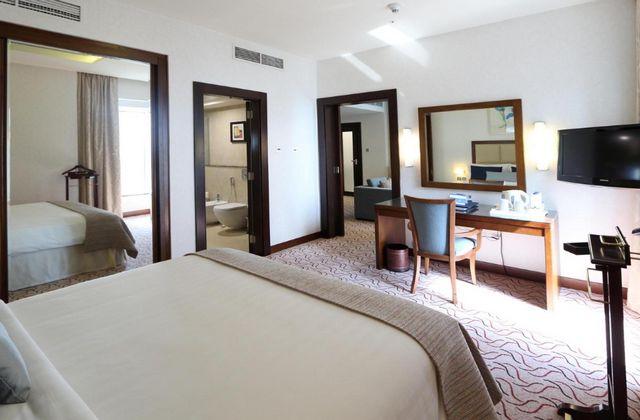 فنادق ديرة دبي 4 نجوم أحد افضل فنادق الامارات ككُل