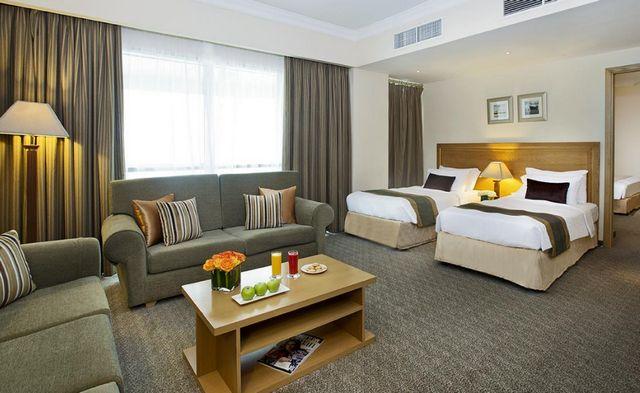 تتنوّع فنادق دبي ديرة من حيث المستوى والمزايا، وأفضل ما نُرشحه لكم فنادق ديرة دبي 4 نجوم