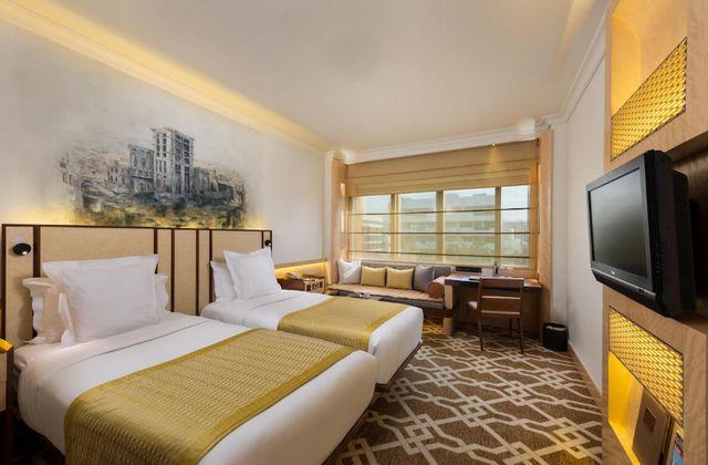 تبحث عن فنادق رخيصة في دبي وكذلك تُقدم مُستوى مقبول من الخدمات؟ فنادق دبي ديرة 4 نجوم هي خيارك المثالي