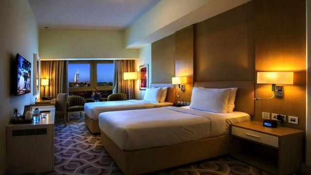 فنادق دبى 4 نجوم