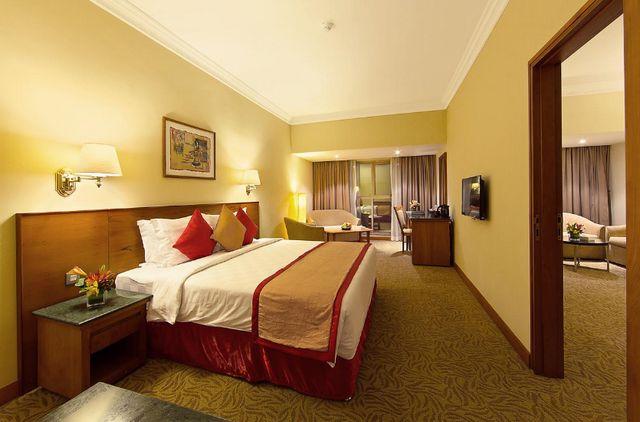 غن كنت تود حجز فنادق في ديرة دبي إليكم افضل فنادق ديرة دبي 4 نجوم