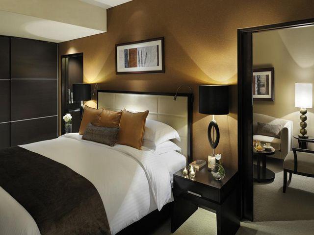 يطل فندق العنوان مرسى دبي كعنوان حقاً للفخامة بين افضل فنادق مارينا دبي على الإطلاق.