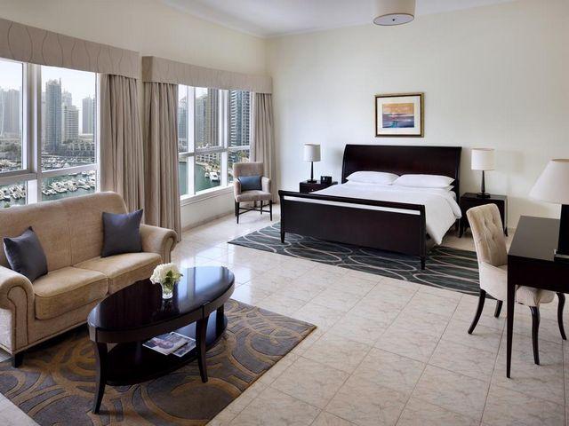 لـ فندق ماريوت هاربر دبي مزايا كثيرة مثل موقعه القريب من معالم الجذب جعلته افضل فندق مارينا دبي بلا منازع.