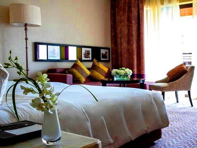 فنادق 5 نجوم دبي تتمتع بمساحات فسيحة تناسب كافة أنواع المسافرين