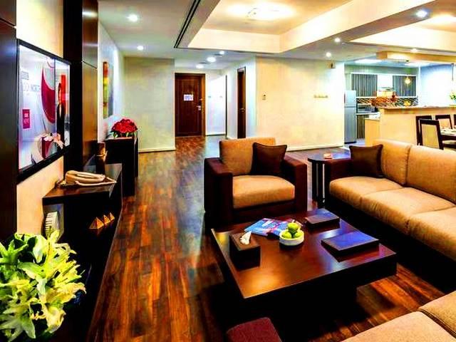 توفر الإقامة ضمن شقه مفروشه في دبي مساحاتٍ فسيحة تناسب العائلات