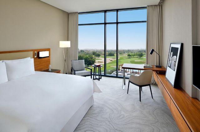 قد تكون الإقامة في فندق دبي 5 نجوم مُكلّفة للغاية للبعض، إليك ارخص فندق دبي