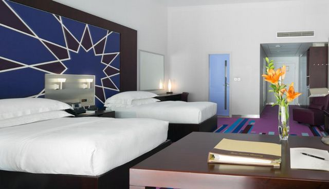 فندق الامارات مول افضل اماكن السكن في دبي للعوائل