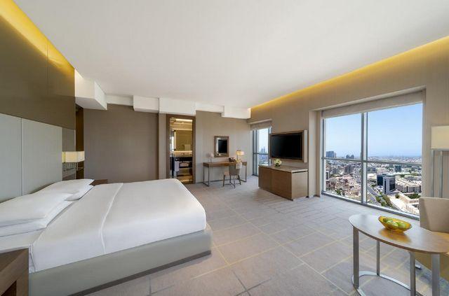 دليل شامل مُتكامل يُساعدكم في اختيار فندق دبي المُناسب