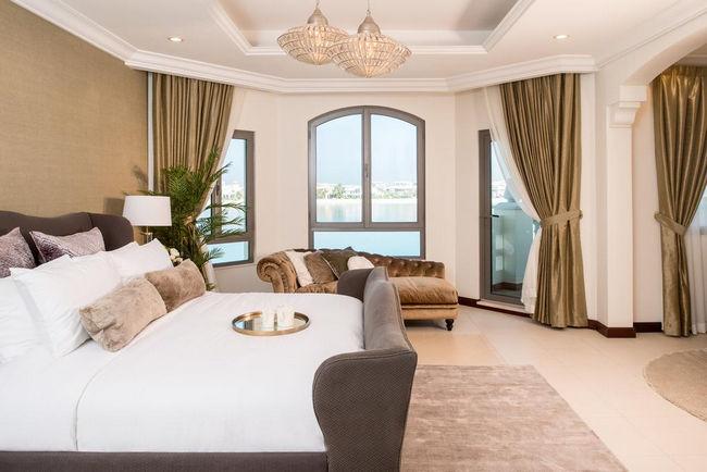 في مجموعة فندق النخلة دبي ، سوف يحظى الزوّار بالعديد من الخدمات الراقية