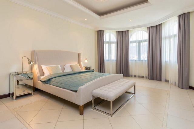 تُوّفر شاليهات دبي بمسبح خاص الخصوصية التامة غُرف عصرية بمساحات واسعة.