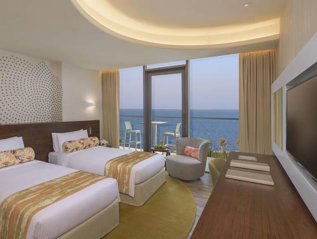 يحظى المقيمون في فندق دبي على البحر بأوقات مليئة بالهدوء والاسترخاء.