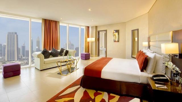 إذا كنتم تريدون إقامة هادئة ومريحة فقوموا باختيار فندق بجانب دبي مول