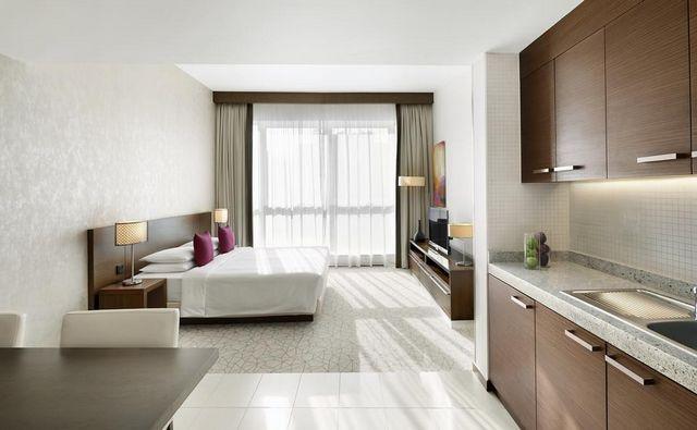 فندق حياة بليس رزيدنس دبي من افضل فنادق دبي 4 نجوم التي ننصح بها التي توفر غرف أنيقة