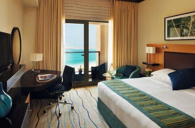 دليل شامل بأفضل فنادق دبي جي بي ار والأكثر ملائمة للعوائل