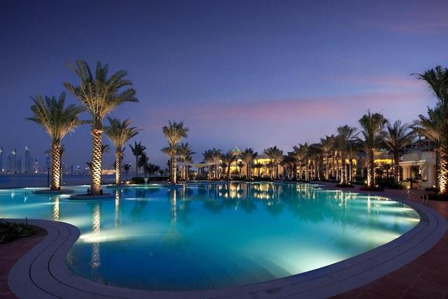 كمبنسكي جزيرة النخلة هو عبارة أحد المنتجعات الساحرة في دبي.