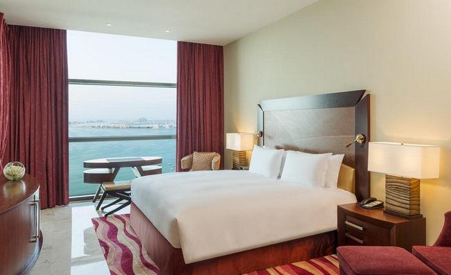 فنادق في دبي جي بي ار تشتهر بموقعها المُبهرة وغرفها الواسعة