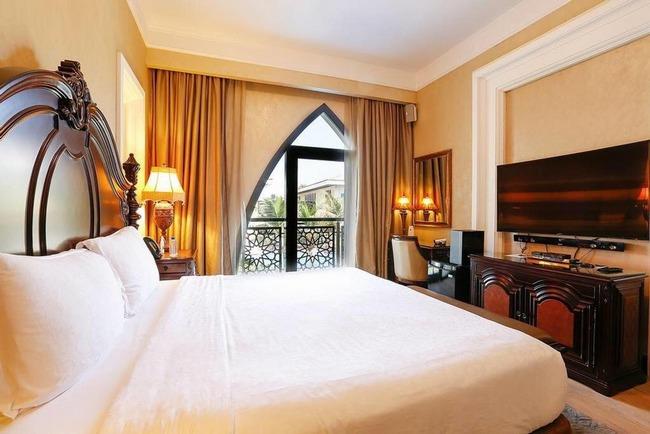 تتمتع فلل دبي بالخصوصية والخدمات الرائعة لذا يفضلها الكثير من العرب عن فنادق دبي