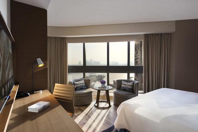 أهم النصائح قبل حجز فندق في دبي