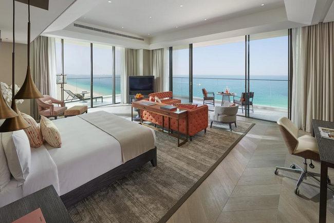 فنادق في دبي جميرا الساحرة تُقدّم أفخم المرافق والخدمات