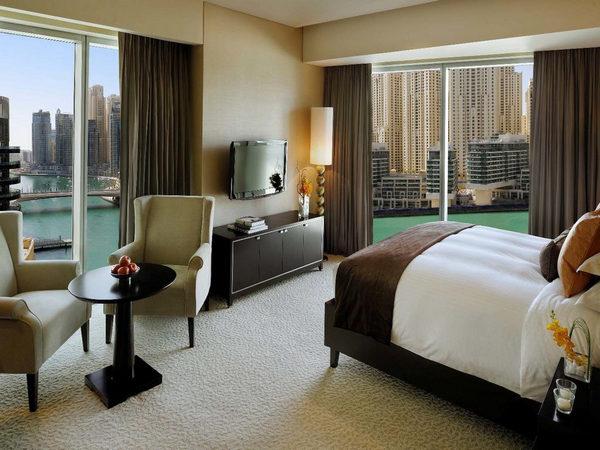 تتمتع فنادق مارينا دبي بإحتوائها على إطلالات مُبهرة