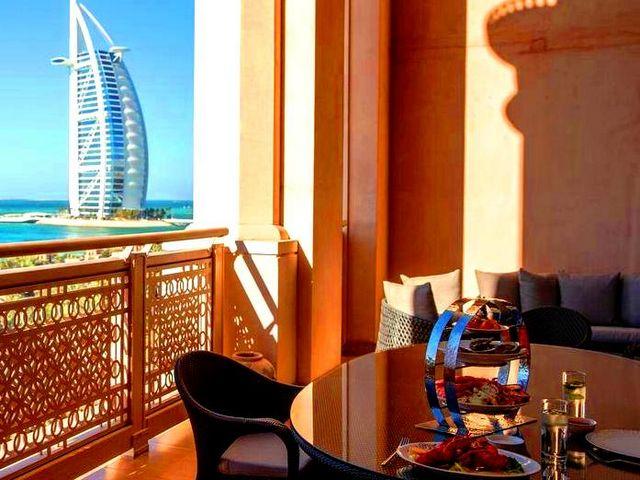 فنادق دبي الفخمه تتمتع بمميزاتٍ فريدة من بين فنادق دبي