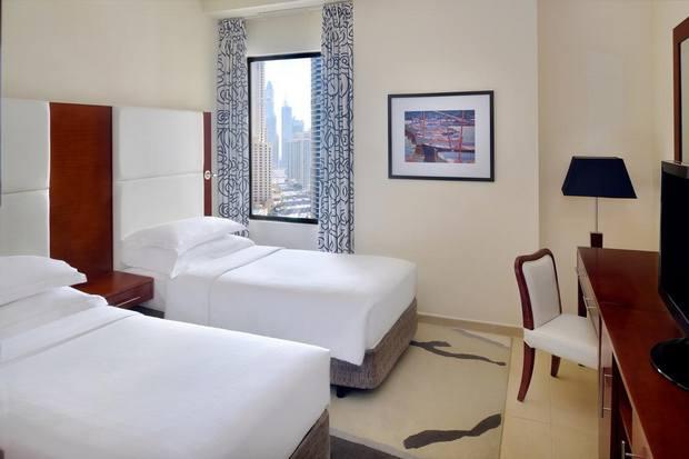 تتعدد شقق فندقية مارينا دبي ولكن اختيار الإقامة على شاطىء جميرا مباشرة خيار موفق