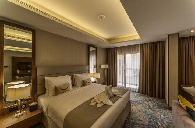 تقرير مُفصل عن فندق مينا بلازا البرشاء دبي أحد افضل فنادق دبي 4 نجوم