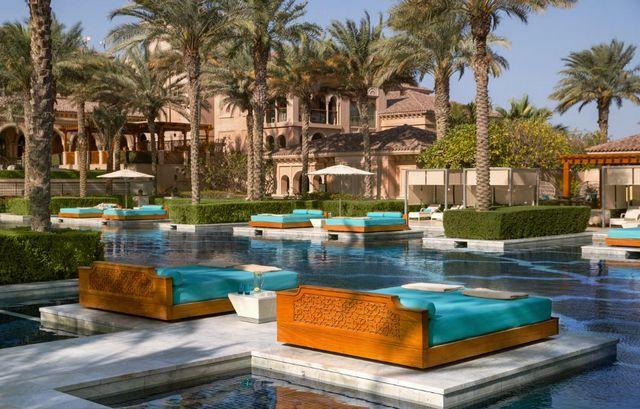 تضم منطقة النخلة جميرا افضل فنادق دبي نُرشح لكم افضل فنادق النخله دبي