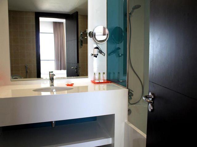 يتم تزويد الحمامات الخاصة في فندق وأجنحة هوثورن من ويندهام جميرا بكافة لوازم الاستحمام مجاناً