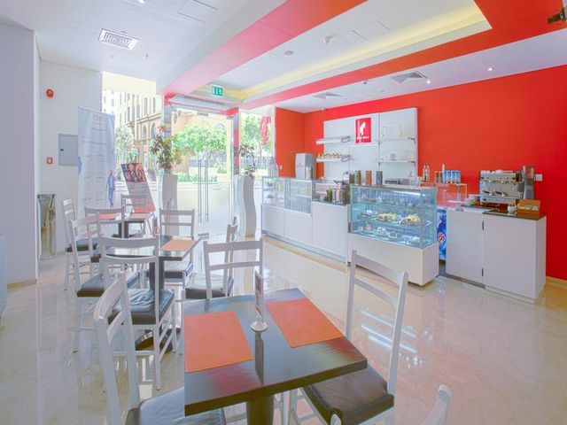 تجربة الطعام في فندق هوثورن ويندهام دبي هي مثالية ولا تُفوت