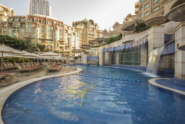 روتانا المروج دبي من افضل فنادق دبي خمس نجوم