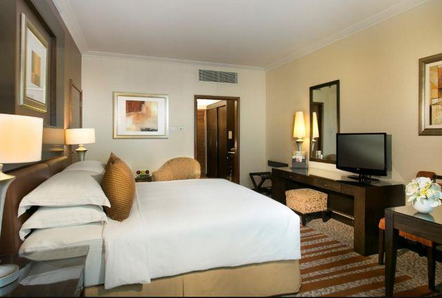 فندق روضة المروج دبي هي خيارك الأمثل للسكن في دبي بفضل توفيره غرف نظيفة ومُرتبة